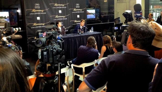 Xavier Dolan et Anne Dorval à la conférence de presse pour Mommy (photo: Richard JIMMINY Des Lys)